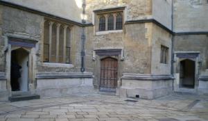 Bodleian Courtyard © Vivienne Larminie